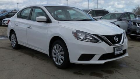 New 2017 Nissan Sentra SV FWD 4D Sedan